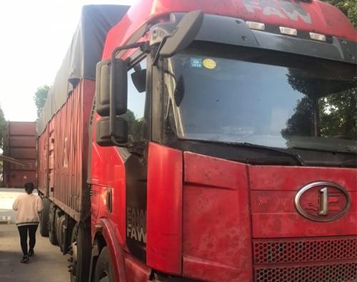 常熟货物运输箱车